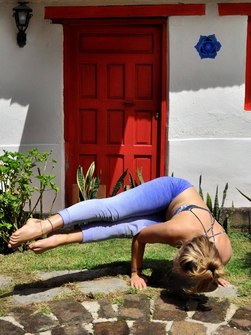 Урок йоги на природе
