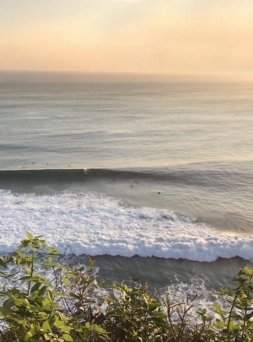 Бали — это серфингисты и завораживающие закаты