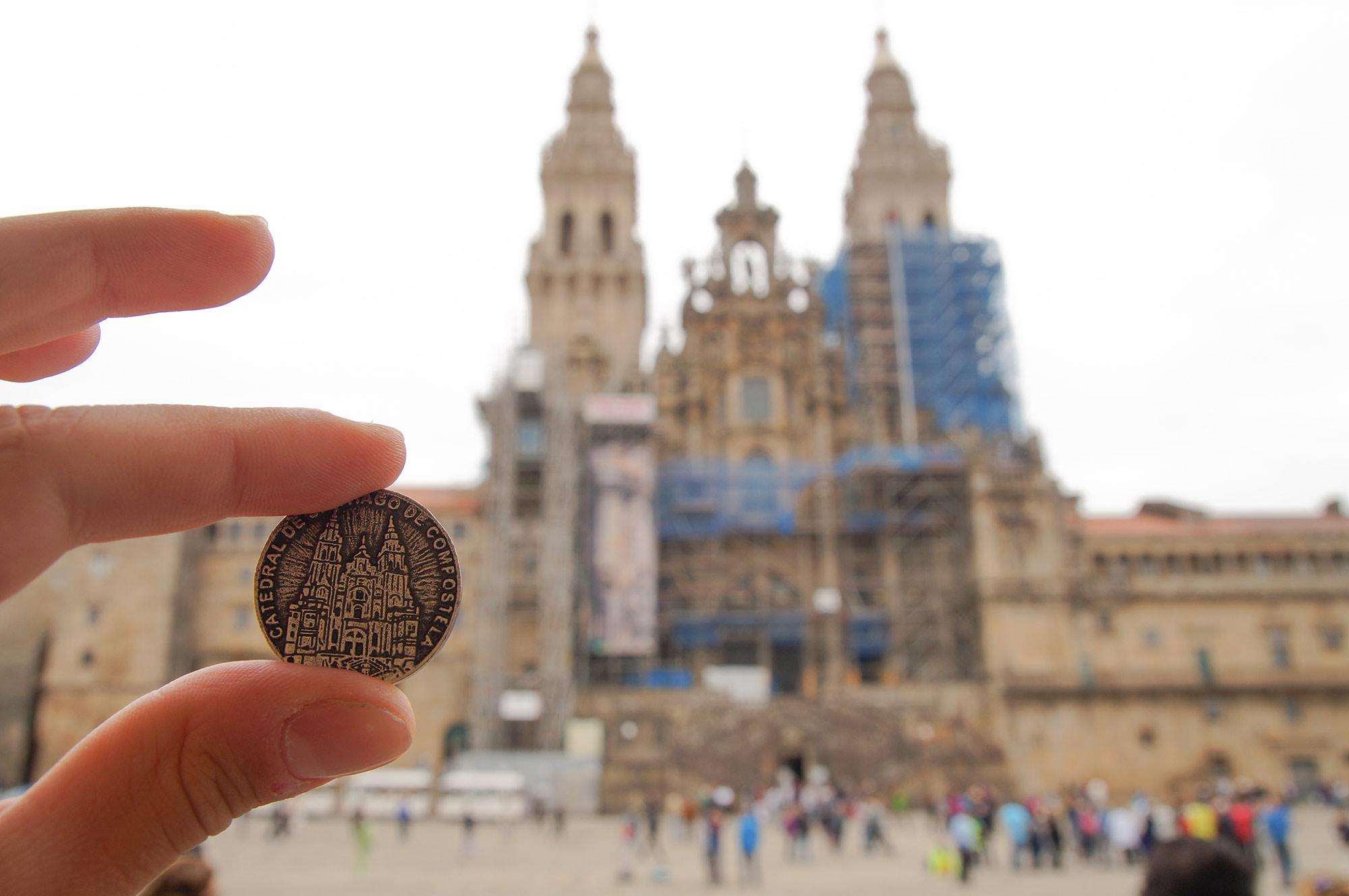 Кафедральный собор Святого Иакова печатают и на монетах