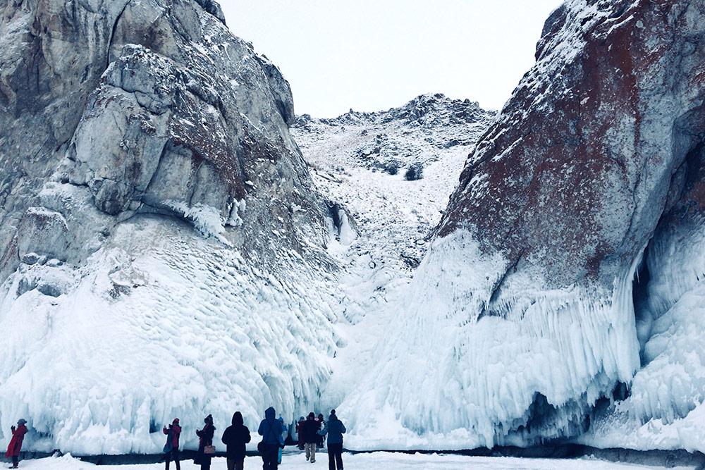 Фактически зима на Байкале начинается в конце ноября и заканчивается в марте