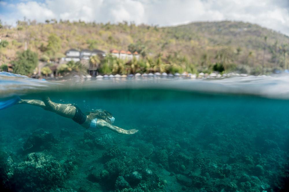 Если скучно просто плавать с маской, можно пройти в Амеде курс дайвинга и фридайвинга