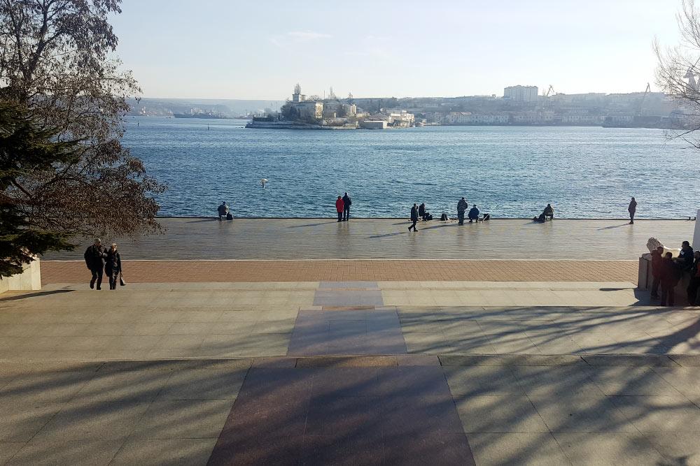 Вид с Графской пристани