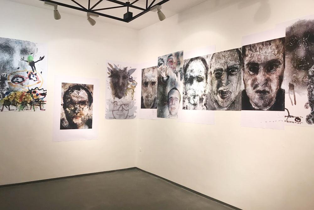 Conte — это сокращение от Contemporary Art Space. Это и бар, и уютная художественная галерея под одной крышей