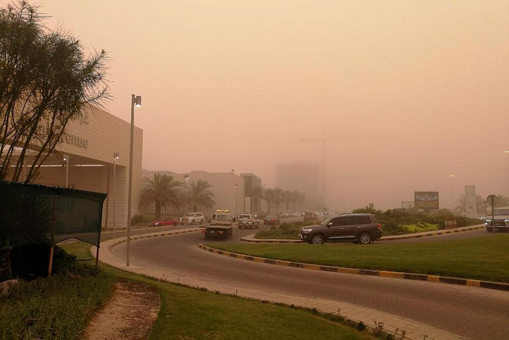 Город во время песчаной бури напоминает мне о фильмах-апокалипсисах
