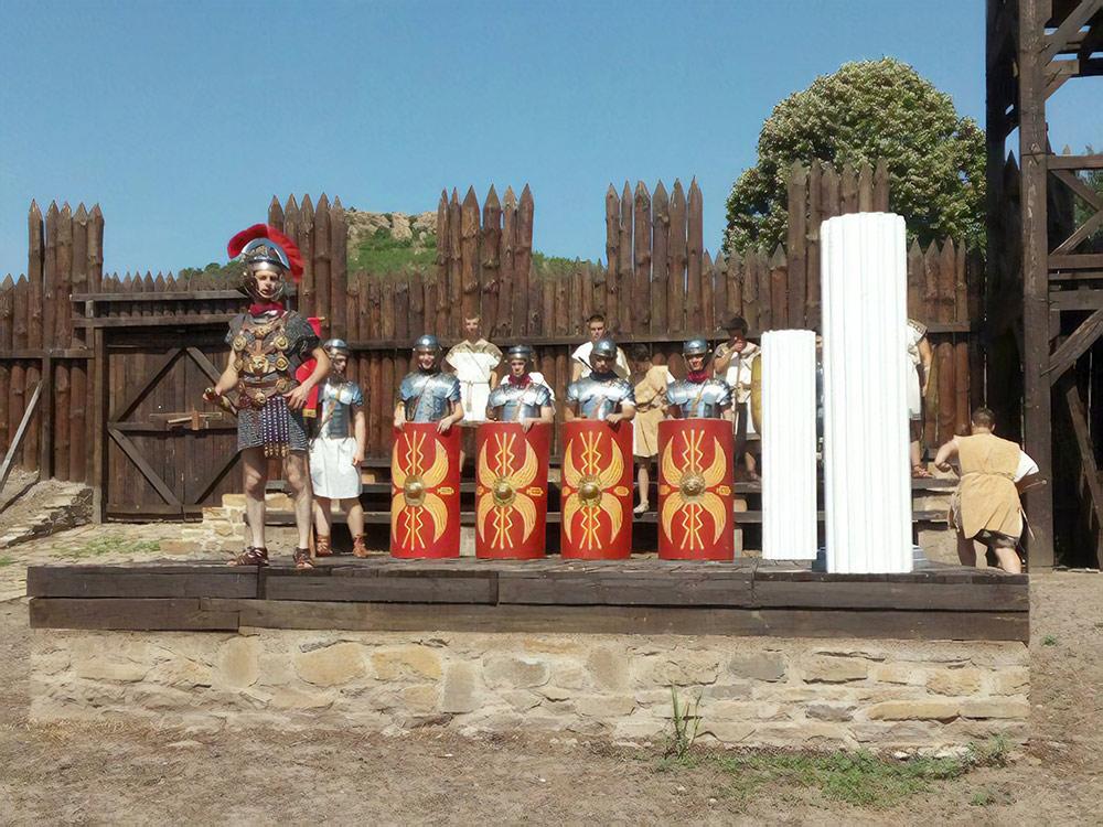 Фестиваль исторической реконструкции недалеко от Ямбола. Это римские воины