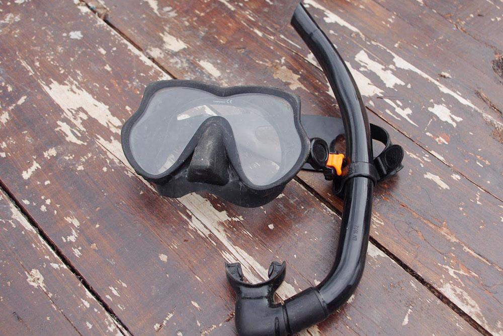 У меня маска фирмы «Бешо». Покупал пять лет назад, сейчас такая стоит 3500 р.
