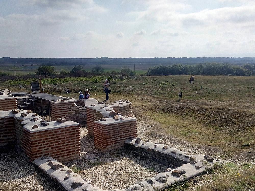 Развалины римского города Кабиле недалеко от Ямбола