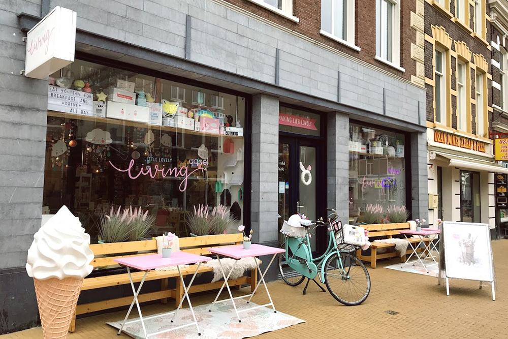 В Гронингене есть детские магазинчики с кафе и детской игровой зоной