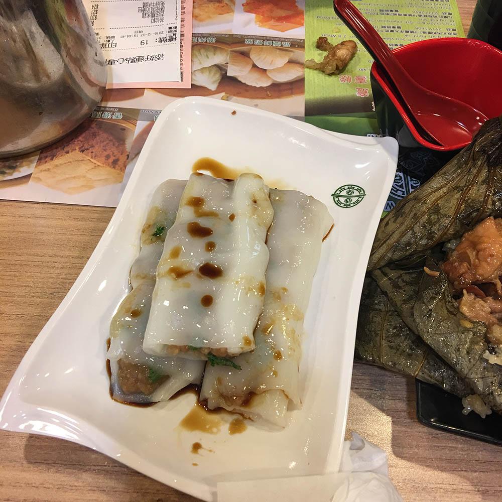 Рисовые роллы со свининой — блюдо в китайской закусочной со звездой «Мишлен»