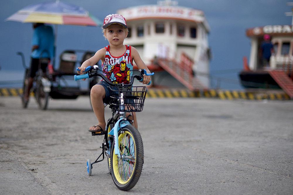 На новом велосипеде