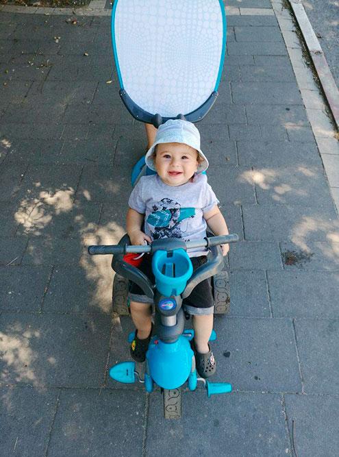 Вместо площадок мы гуляем с Давидом в парке: их много по всей Хайфе