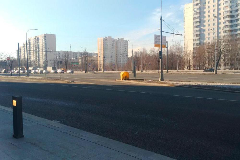 Разметка разрешала перестроение в правый ряд для парковки