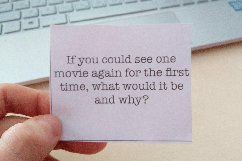 Я ответил, что еще раз посмотрел бы фильм «Курьер» Карена Шахназарова. В фильме мне нравится юмор, философия и игра главного героя