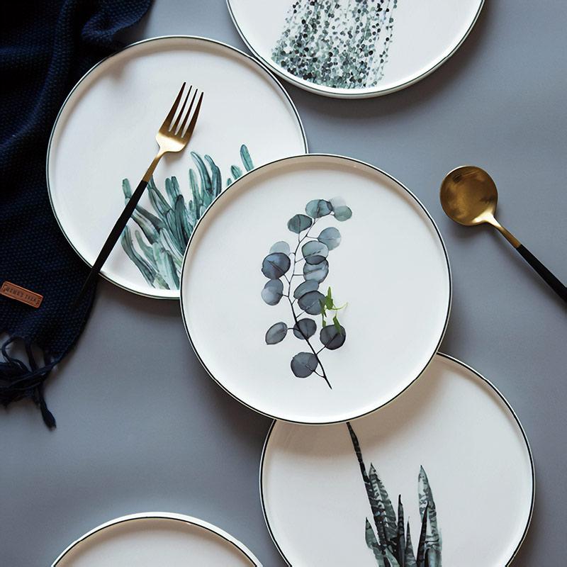 Тарелка с растительным принтом от 1746 рублей, пришлют за 48 дней. Ищите по запросам fine bone china plate и fine bone china dish