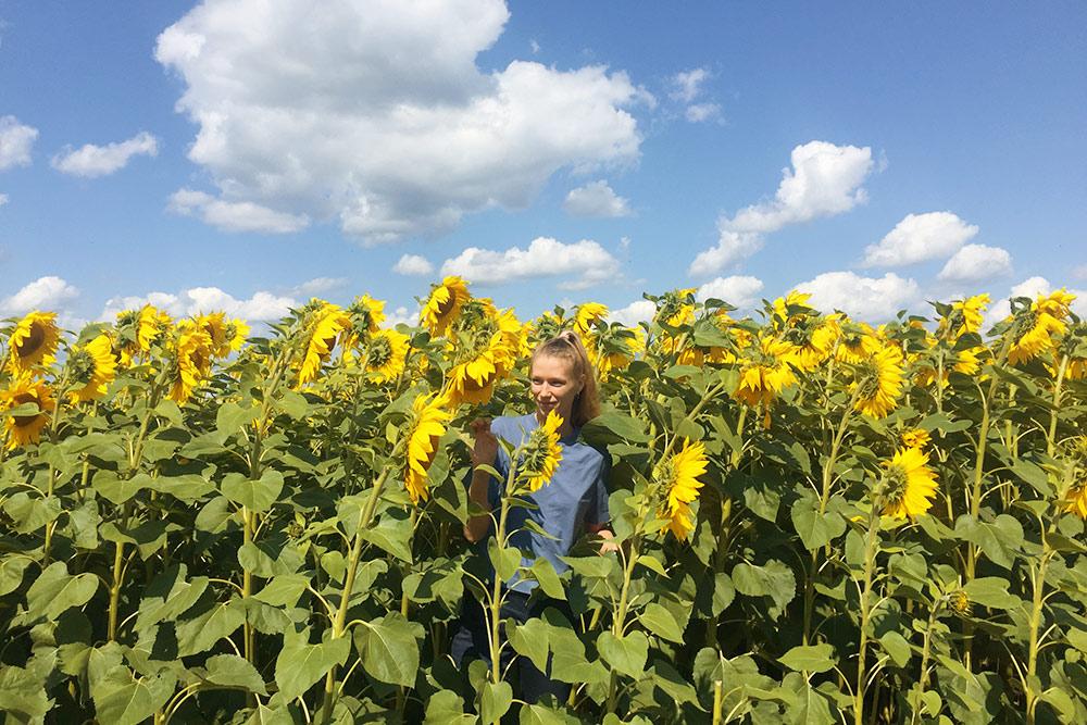 По пути к Орловскому полесью невозможно удержаться и не выйти в поле с подсолнухами