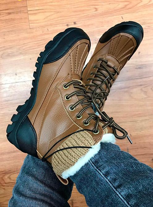 Ботинки с калошами — must have для канадской зимы