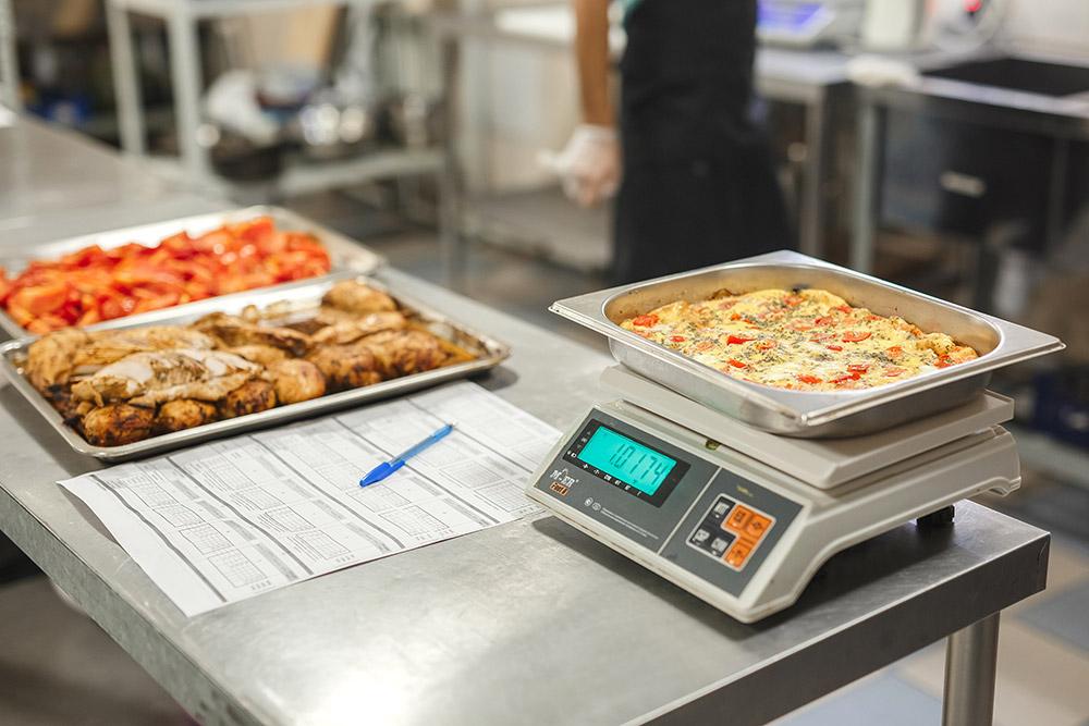 Вес каждого блюда должен быть точно выверен