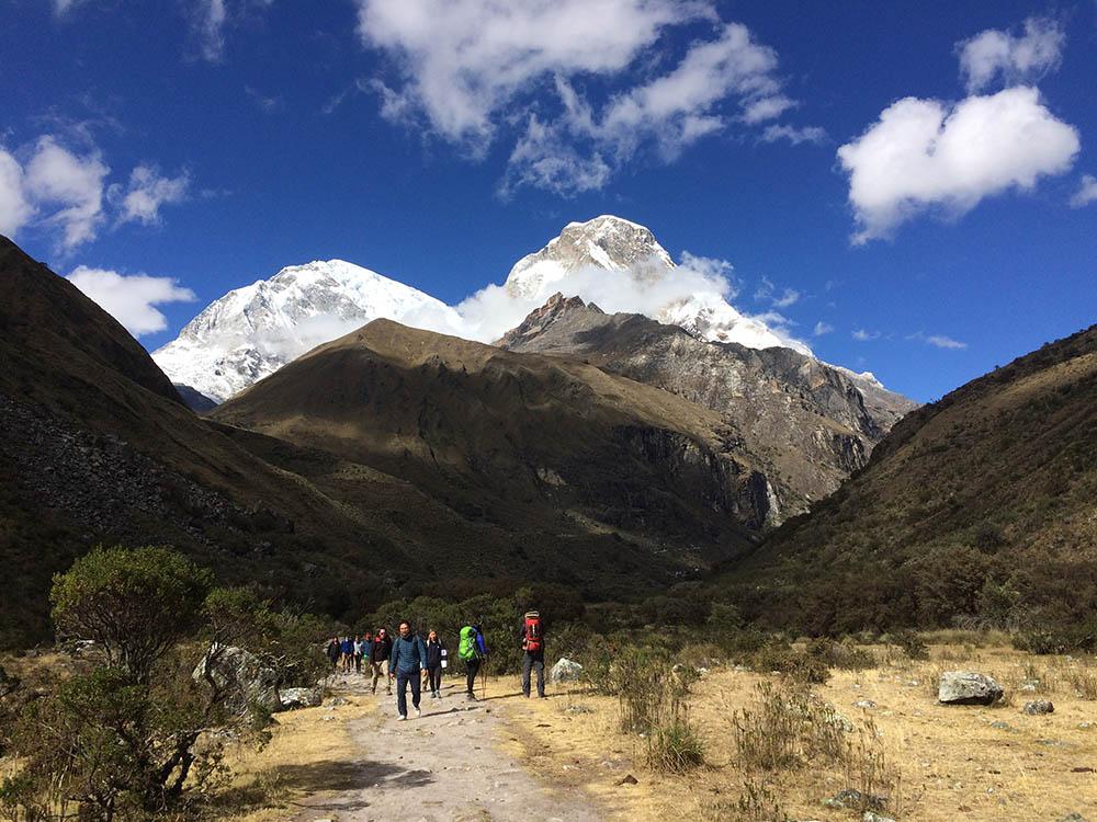 Гора Уаскаран — самая высокая точка Перу. Она находится на 6768 метрах над уровнем моря. У подножья горы в июле утром была температура ниже нуля