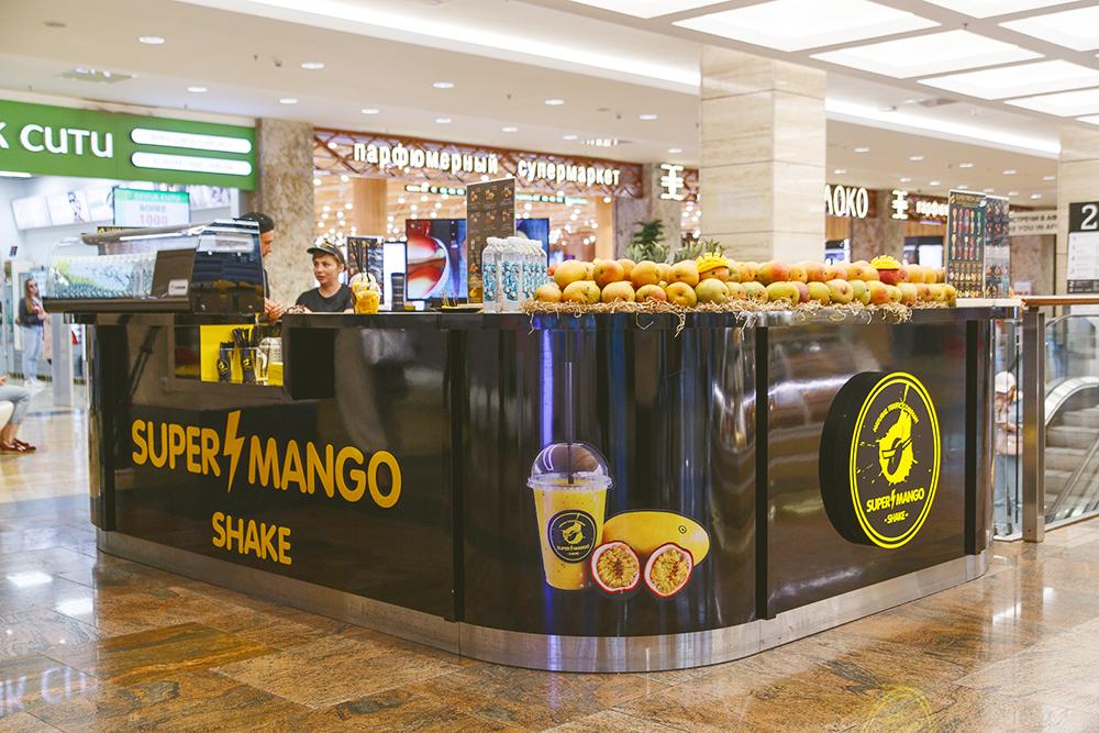 В месяц один мангобар тратит 2 тонны манго