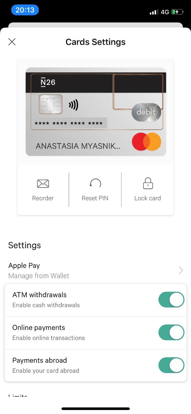 Мне нравится красивый минималистичный дизайн приложения банка N26 и удобная статистика расходов