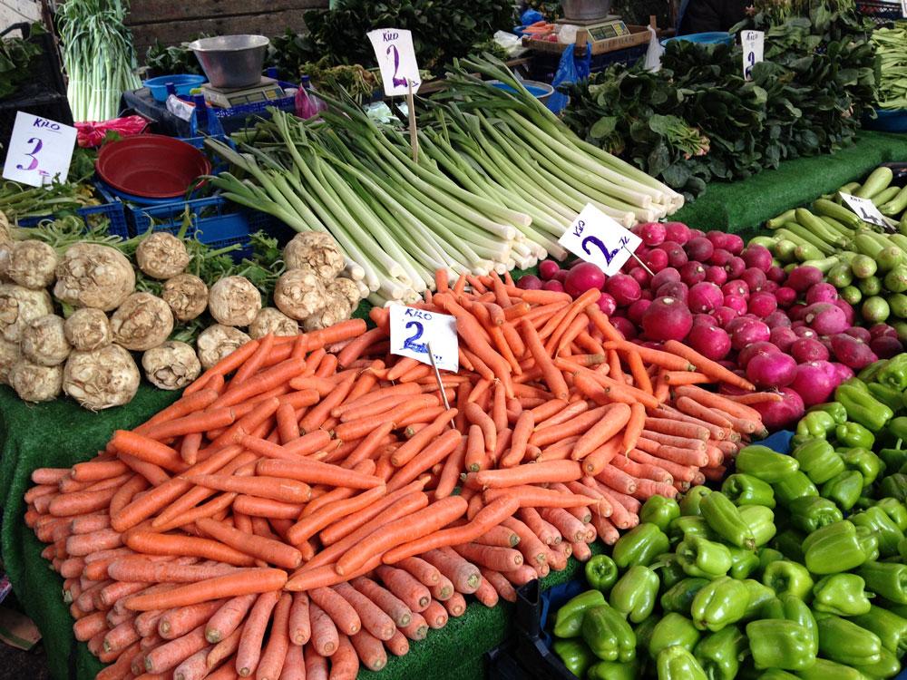 За продуктами я стараюсь всегда ходить на рынок