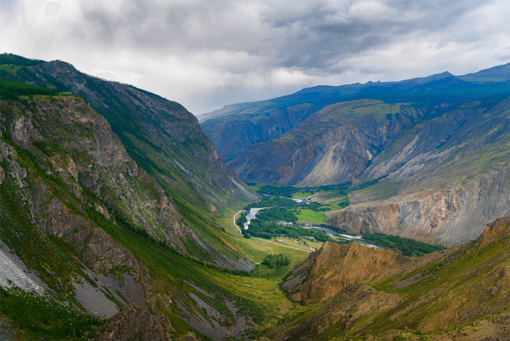 Перевал Кату-Ярык, с которого открывается вид на долину реки Чулышман