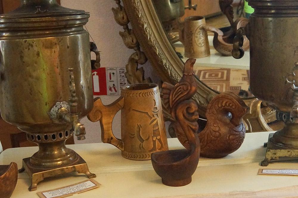 Деревянная посуда нам особенно понравилась, хотя невсе предметы были старинными