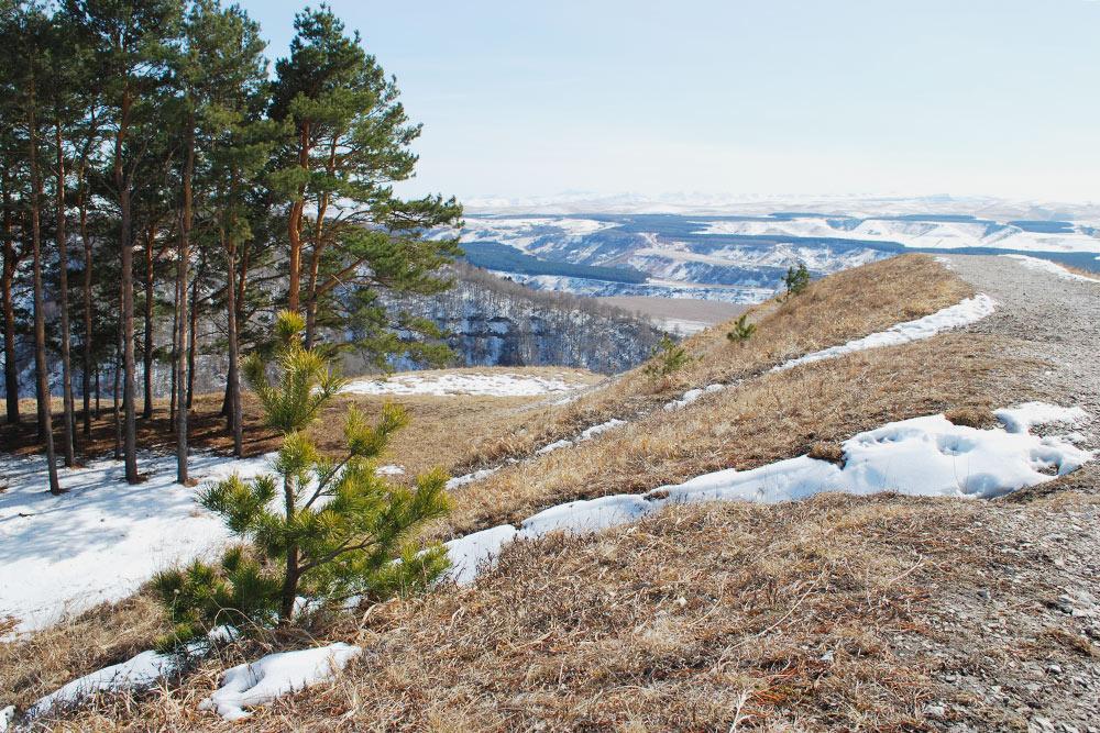 Горы — отличное место, чтобы посидеть в тишине, полюбоваться природой и помечтать