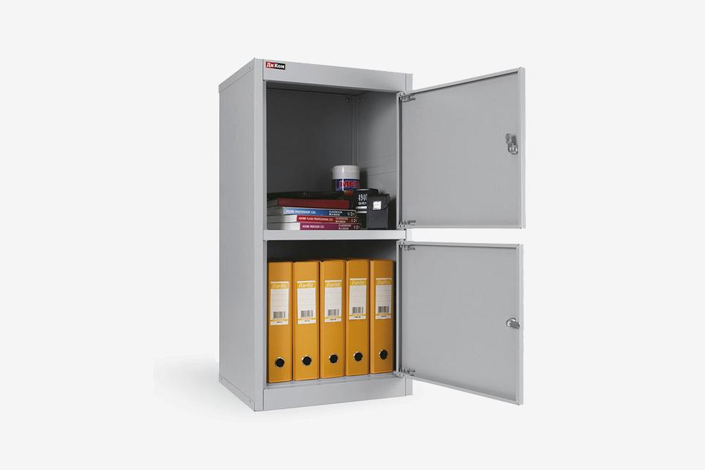 Такой металлический шкаф стоит около 6 тысяч рублей