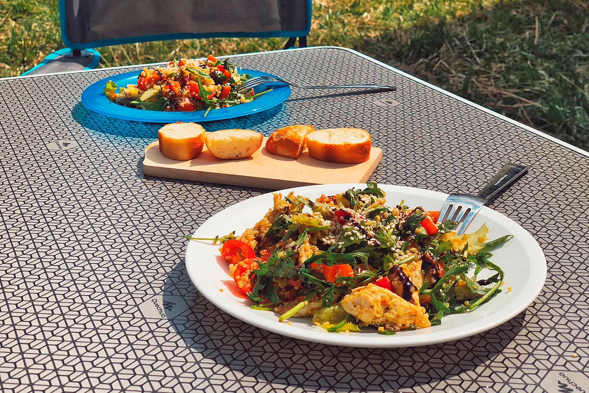 Еда на карантине — едва ли не единственная радость, которую можешь себе позволить