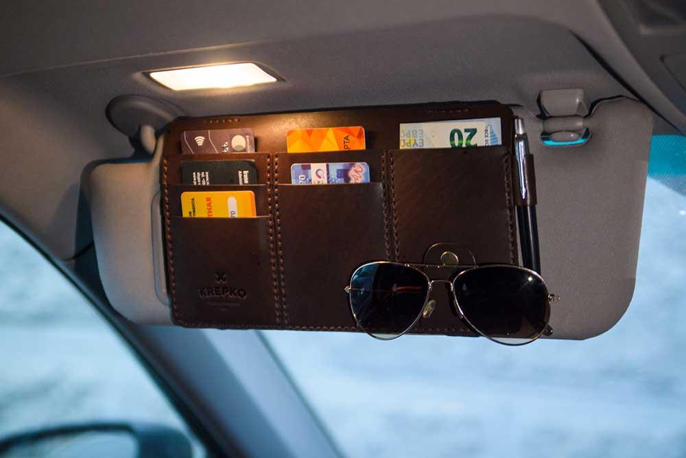 Органайзер-козырек в автомобиль — один из хитов продаж