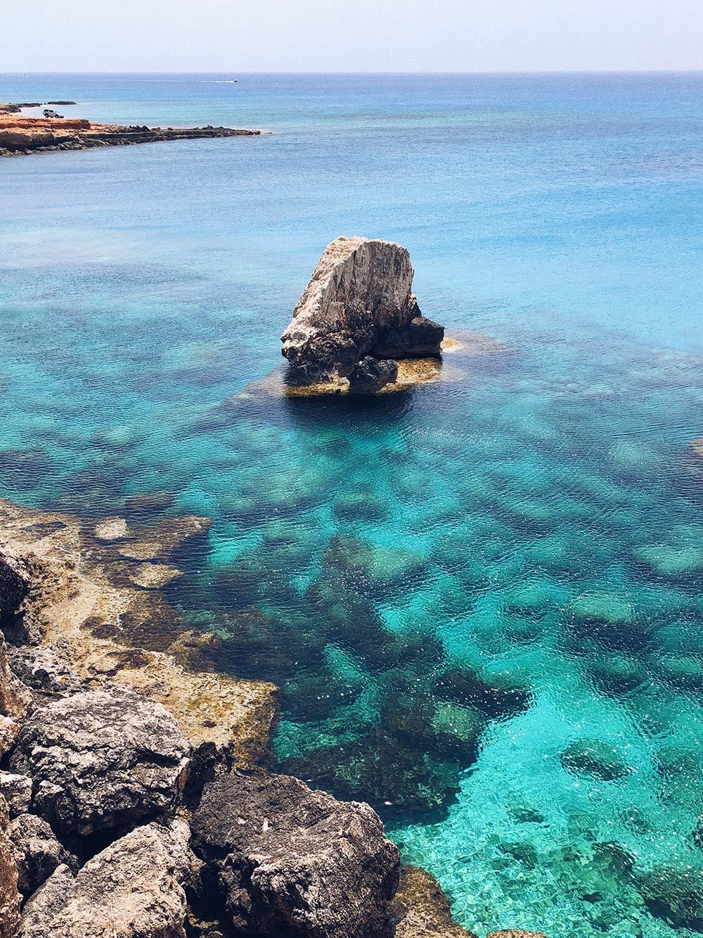 Самое красивое море — в стороне Айя-Напы и на полуострове Акамас