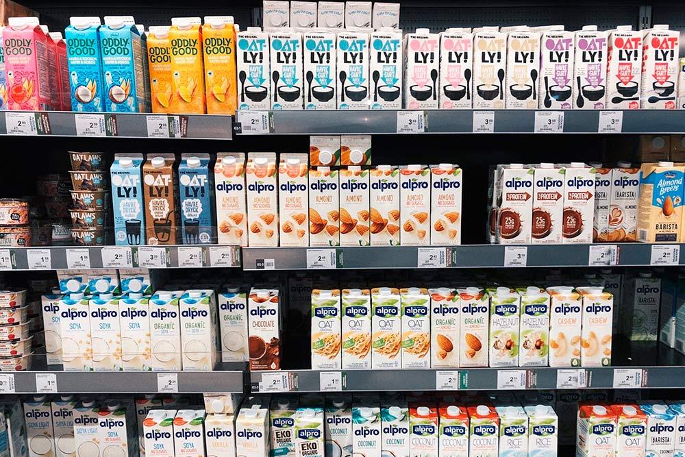 В Финляндии продают много растительных аналогов молочной продукции