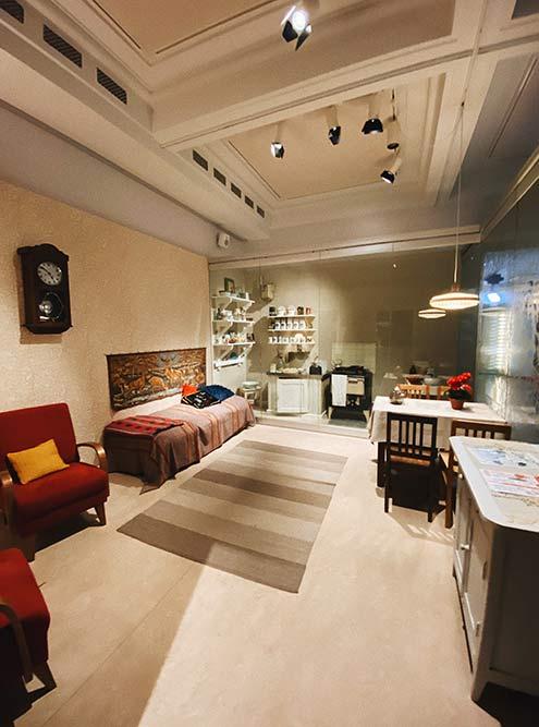 Вгородском музее Хельсинки можно увидеть, вкаких условиях местное население жило вначале исередине 20века. Достаточно яркий контраст стем, каконо живет сейчас