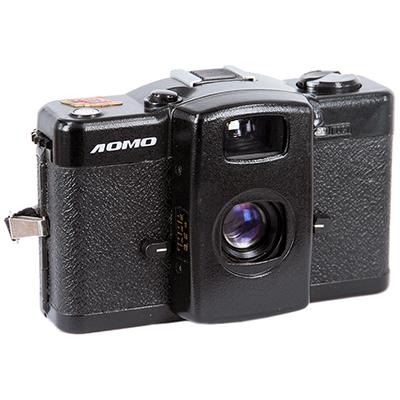 За популярный фотоаппарат, с которого началось течение ломографии, не жалеют 6500рублей, если он из ограниченной серии