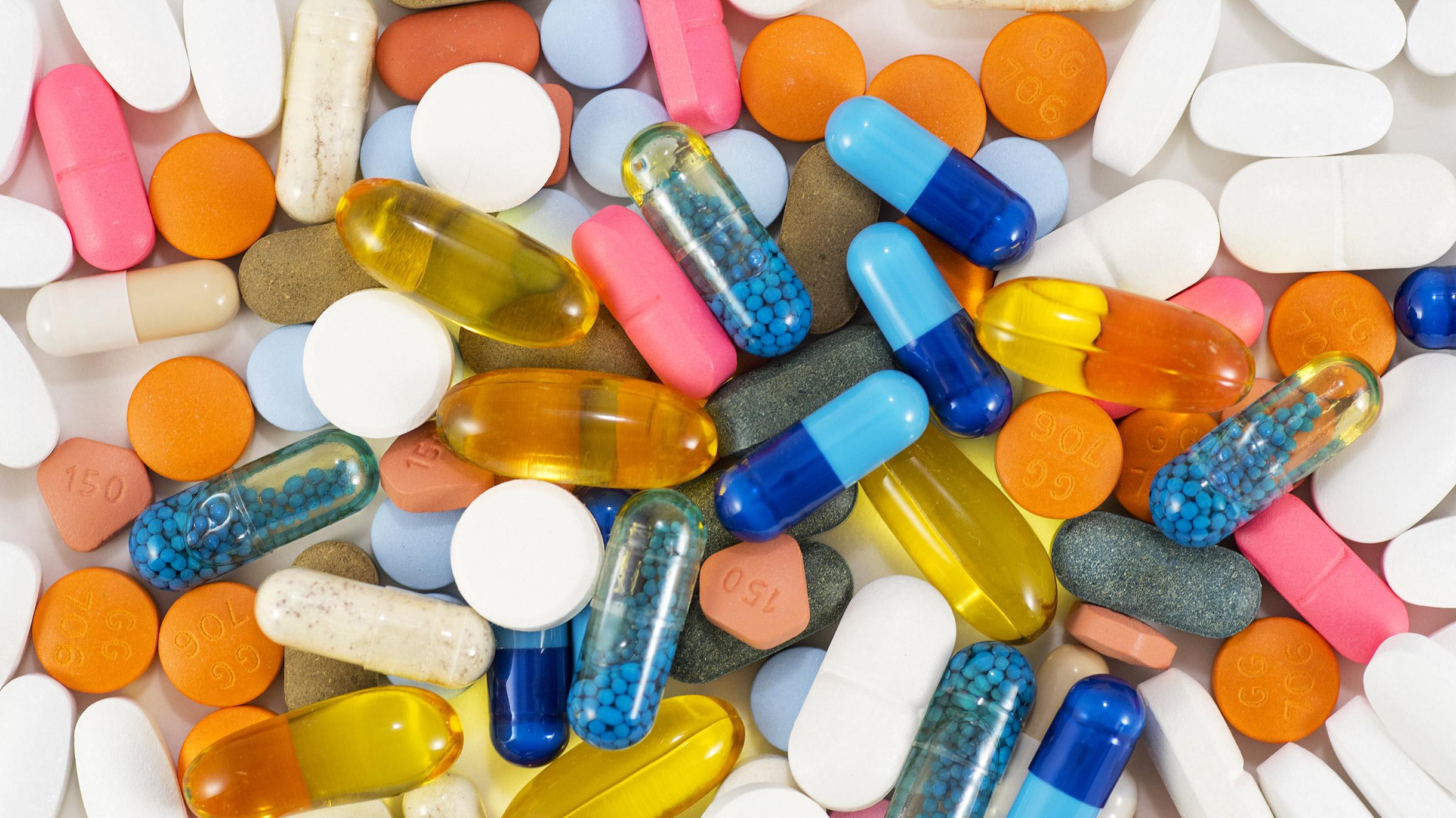 Лекарства можно покупать через интернет с доставкой на дом. Какэто работает?
