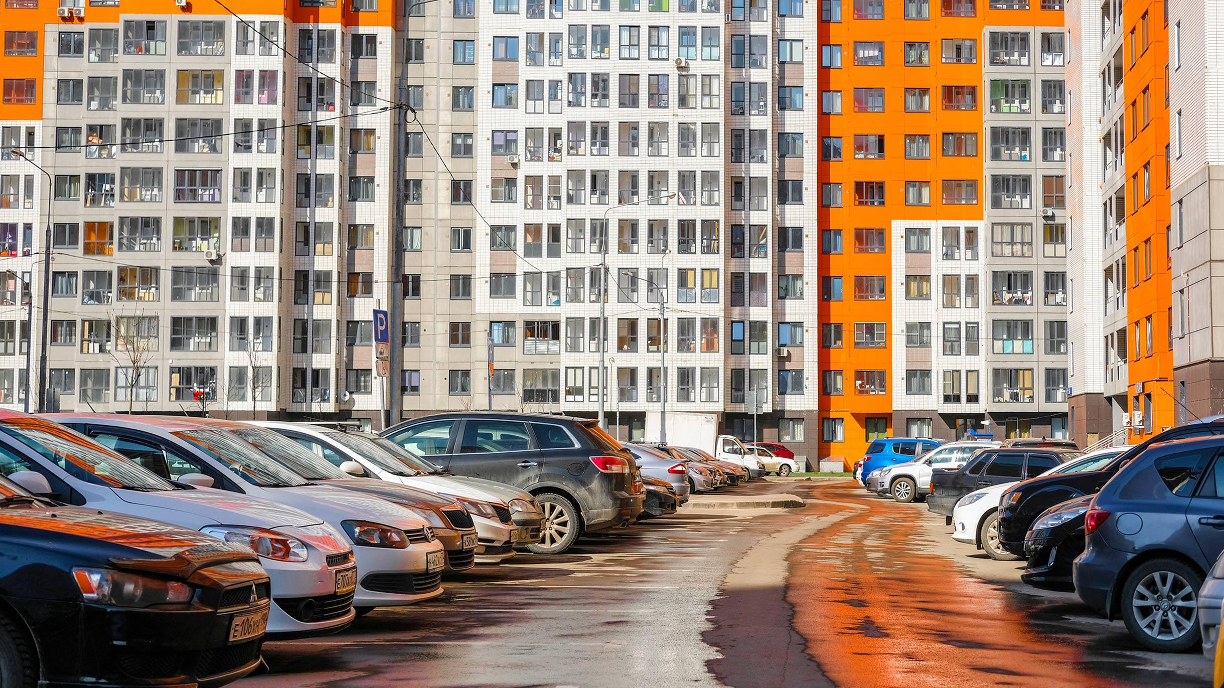 Новый приказ Минтранса: бизнес больше не сможет организовать автостоянку во дворе