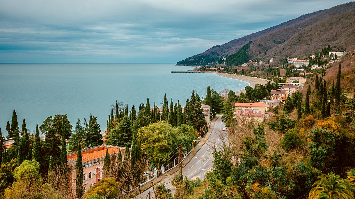 Абхазия: что нужно знать перед поездкой