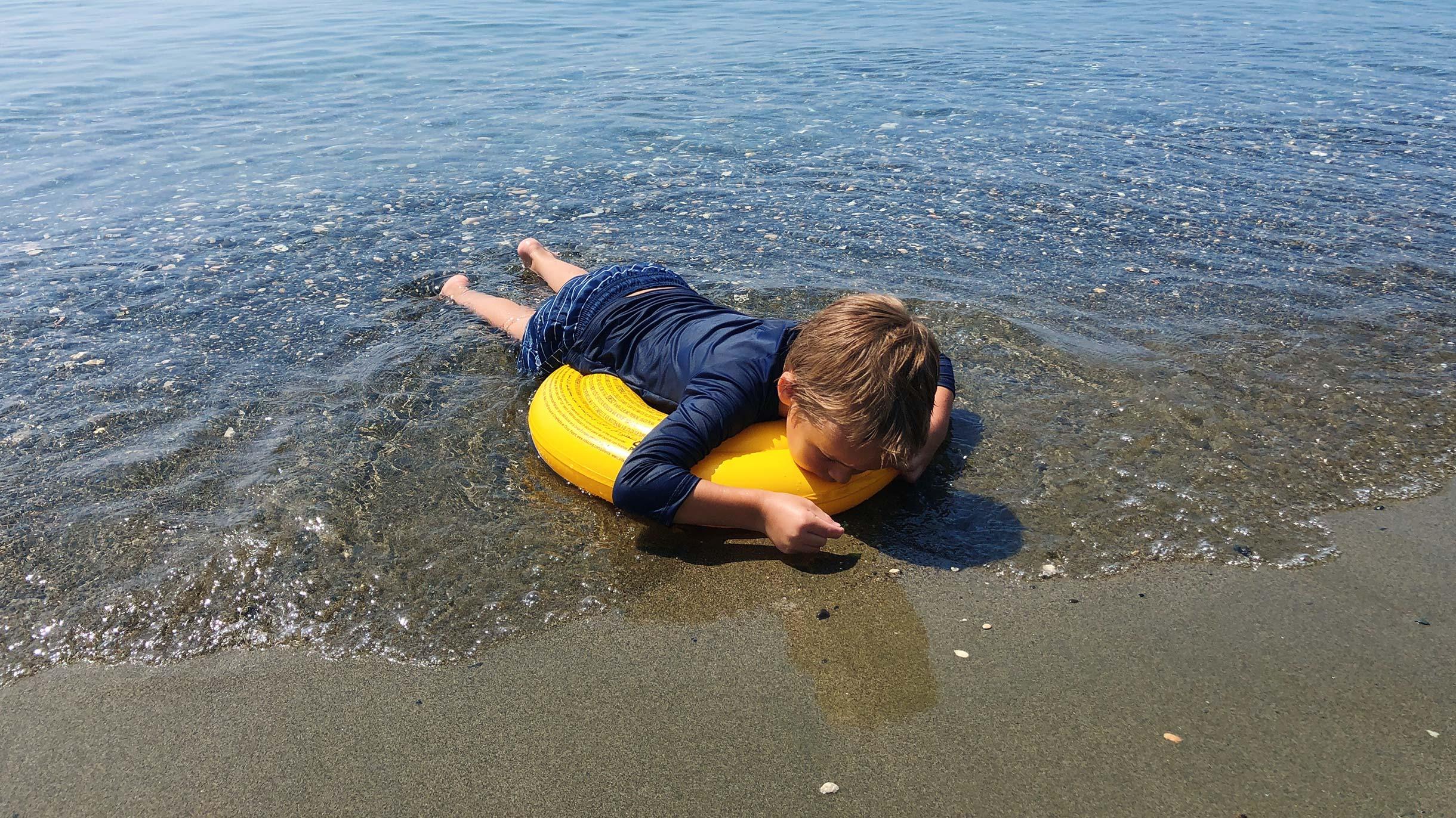 Сколько стоит жизнь на Кипре с ребенком