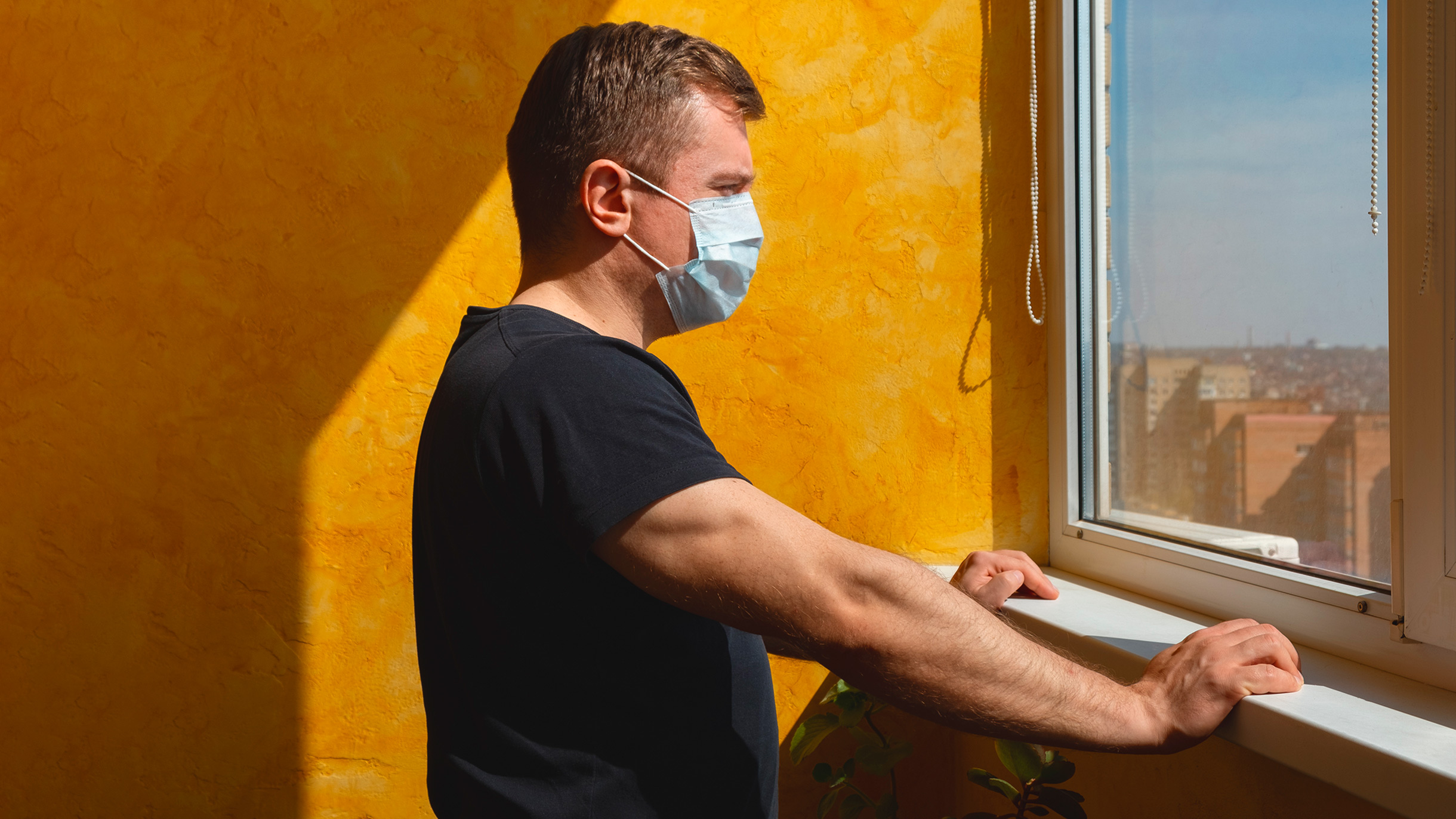 Роспотребнадзор отправляет туристов на карантин: новые правила въезда в Россию
