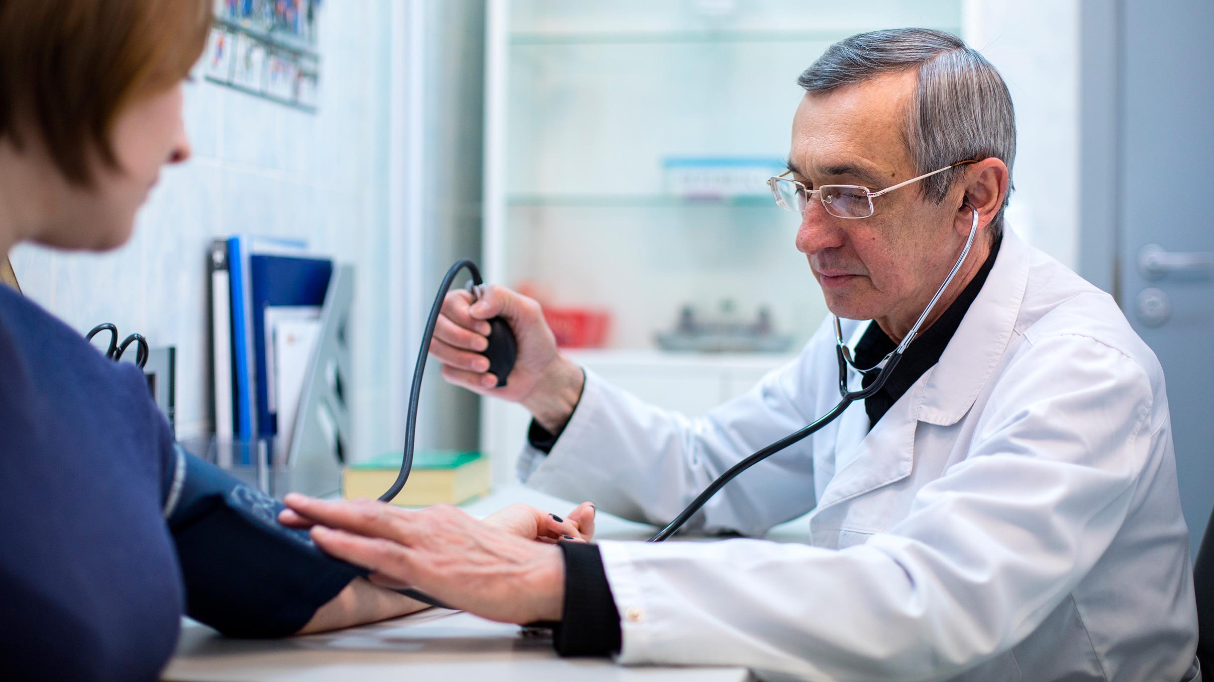 Бесплатную диспансеризацию отменили из-за коронавируса