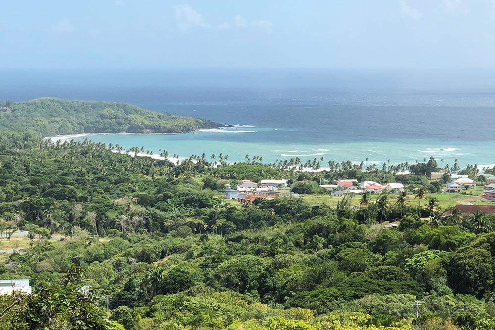 Вид с форта Кинг-Джордж на острове Тобаго