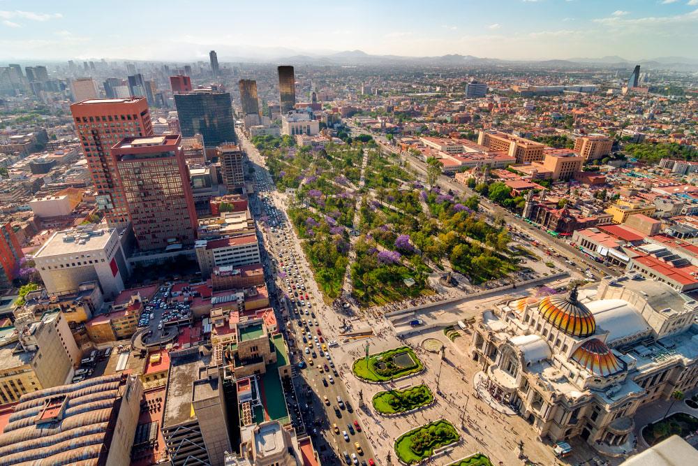 Так выглядит центр Мехико сближайшей высотки. Фото: Jess Kraft / Shutterstock