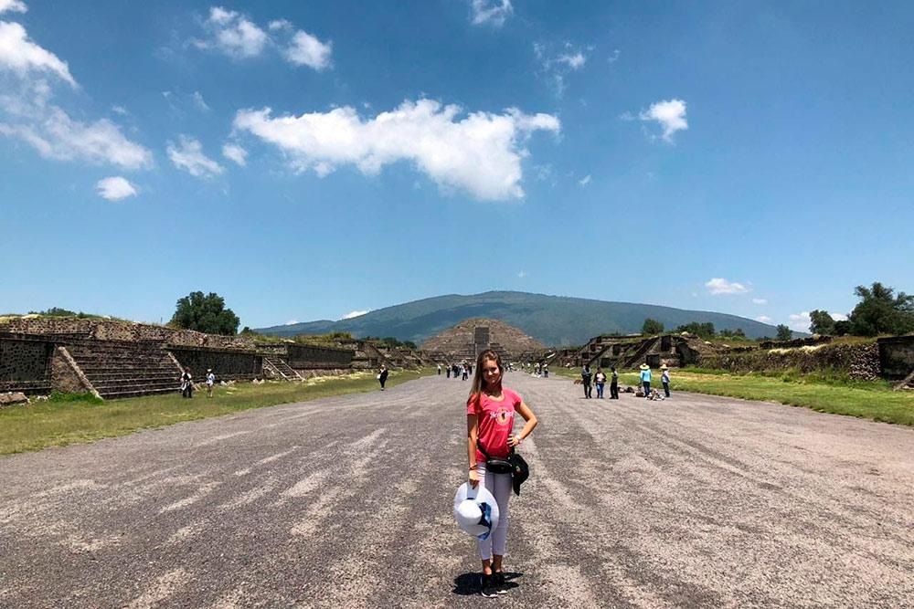 Дорога мертвых. По ней в Теотиуакане людей вели на одну из пирамид дляжертвоприношения