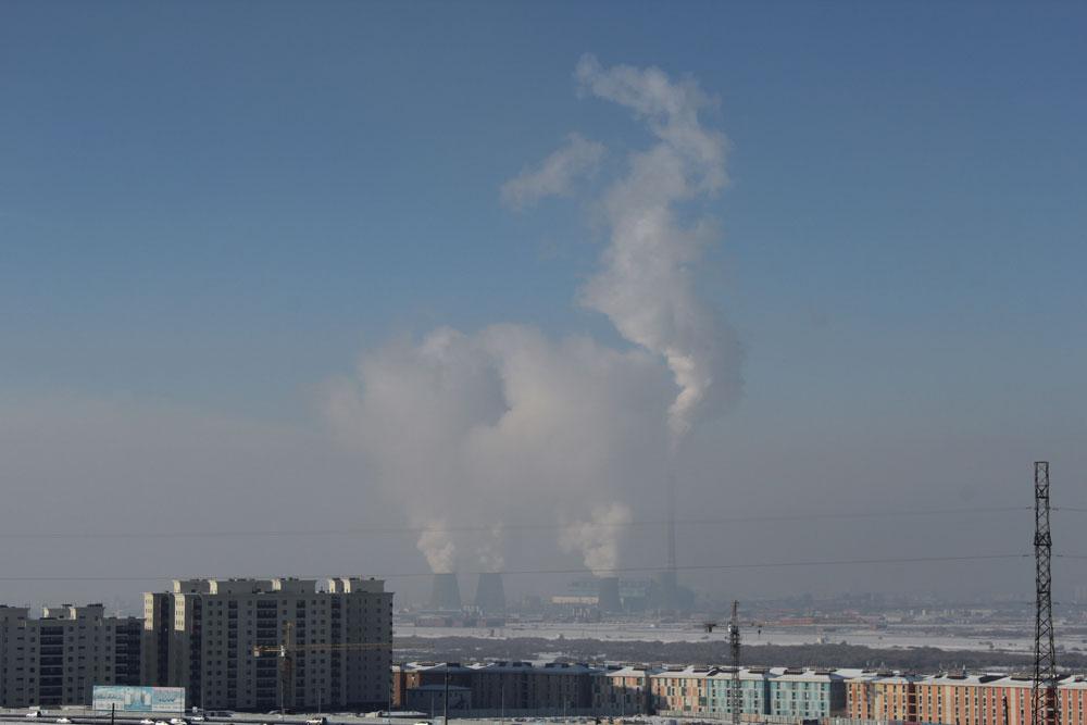 Дымка внизу — это не облака, а смог
