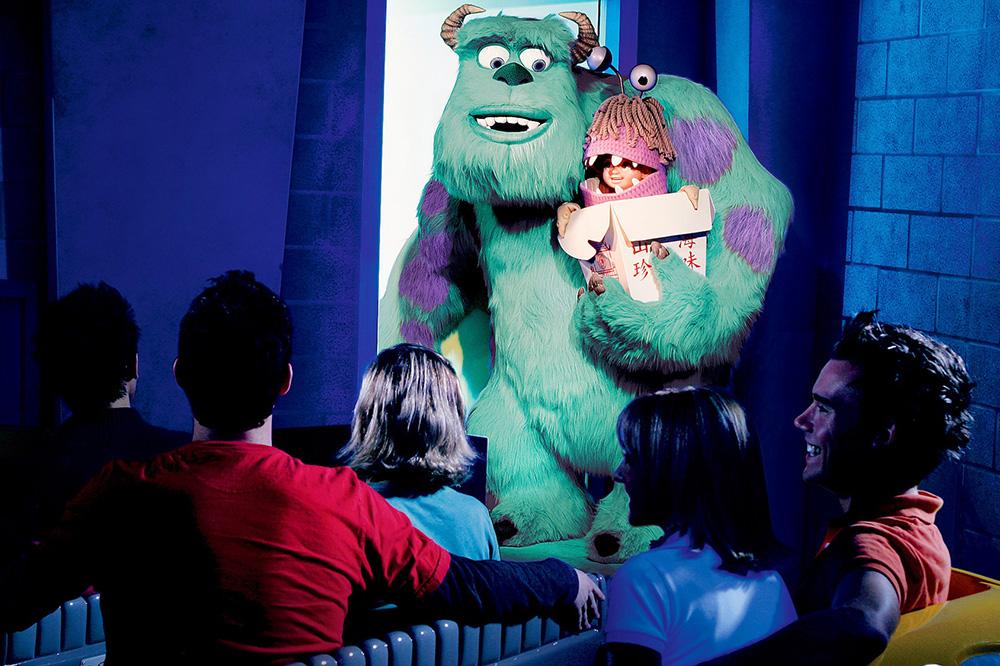 Майк и Салли из «Корпорации монстров». Источник: disneyland.disney.go.com