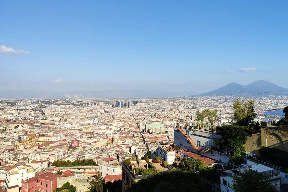 Вид со смотровой площадки Belvedere San Martino