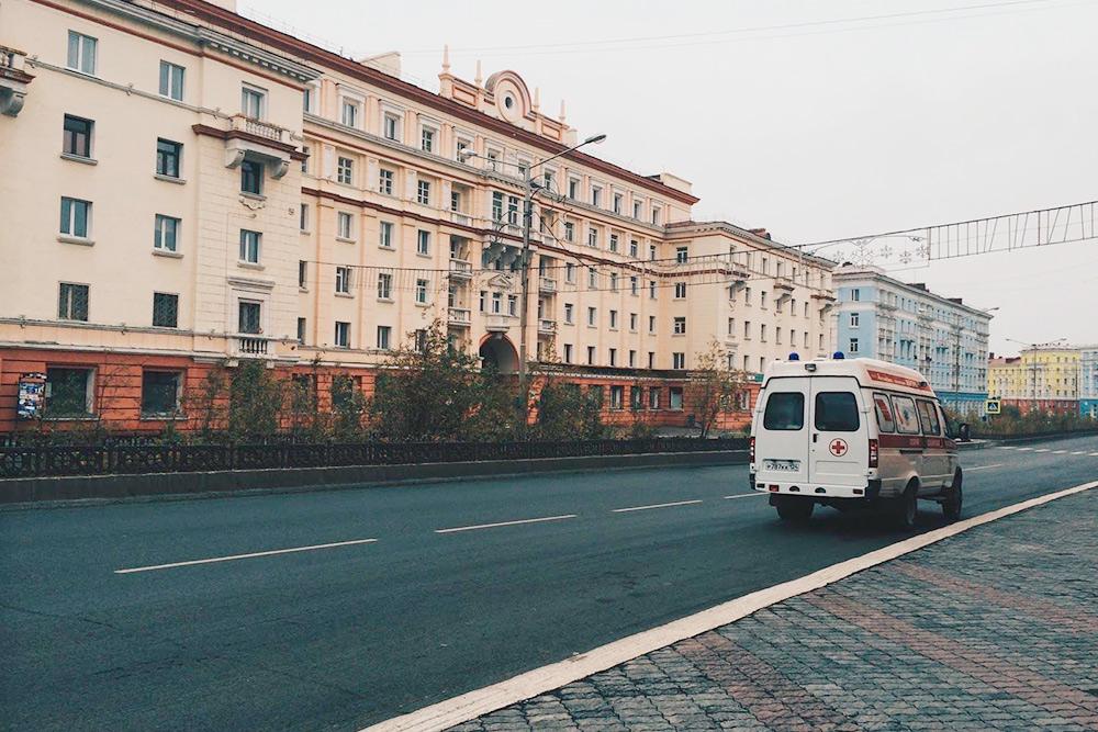 В старой части города можно увидеть вот такие типичные петербургские улицы