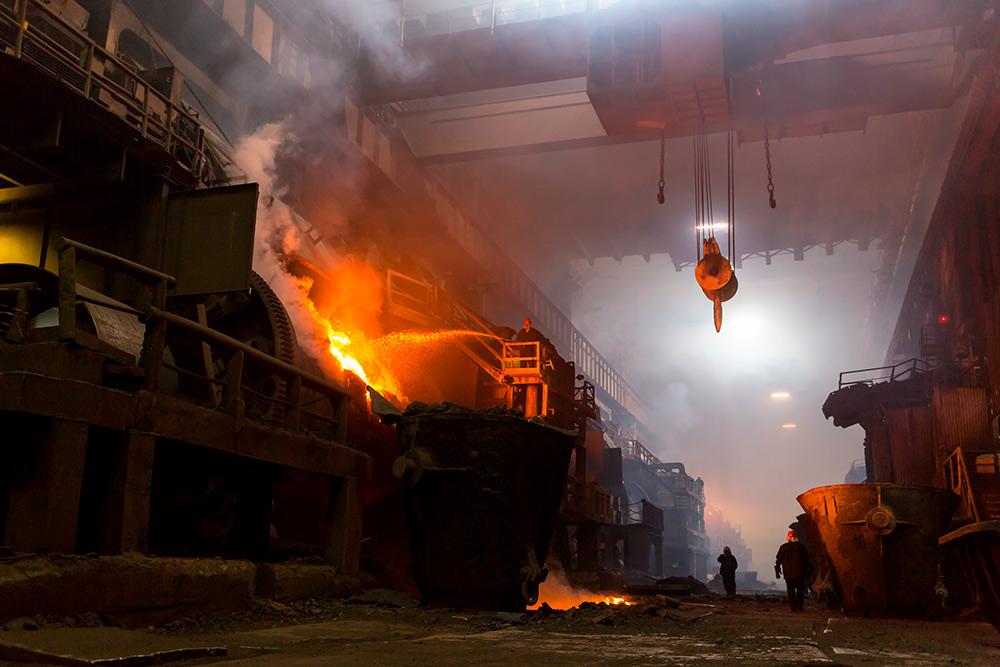 Работа в «горячем» цеху. Автор: Andrei Stepanov/ Shutterstock.com