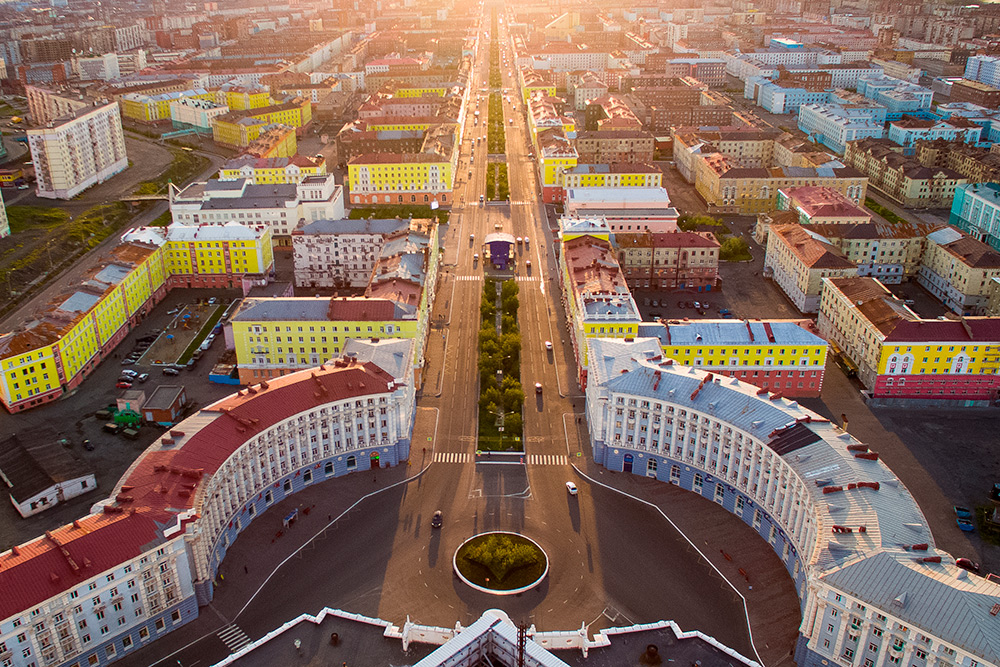 Вид со здания управления комбината наЛенинский проспект. Автор: IIbIXAPb/ Shutterstock.com